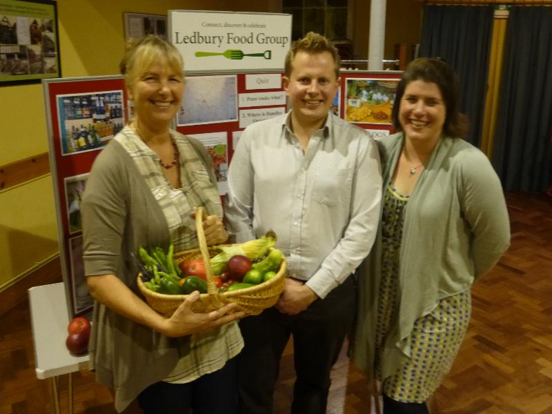 ledbury-food-groups-fran-robinson-with-christine-hope-and-russ-carrington-p1010715