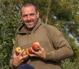 Fruit picker at Castle Fruit Farm
