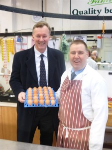 Gurneys Butchers - Paul Gurney & Bill Wiggin MP P1000667