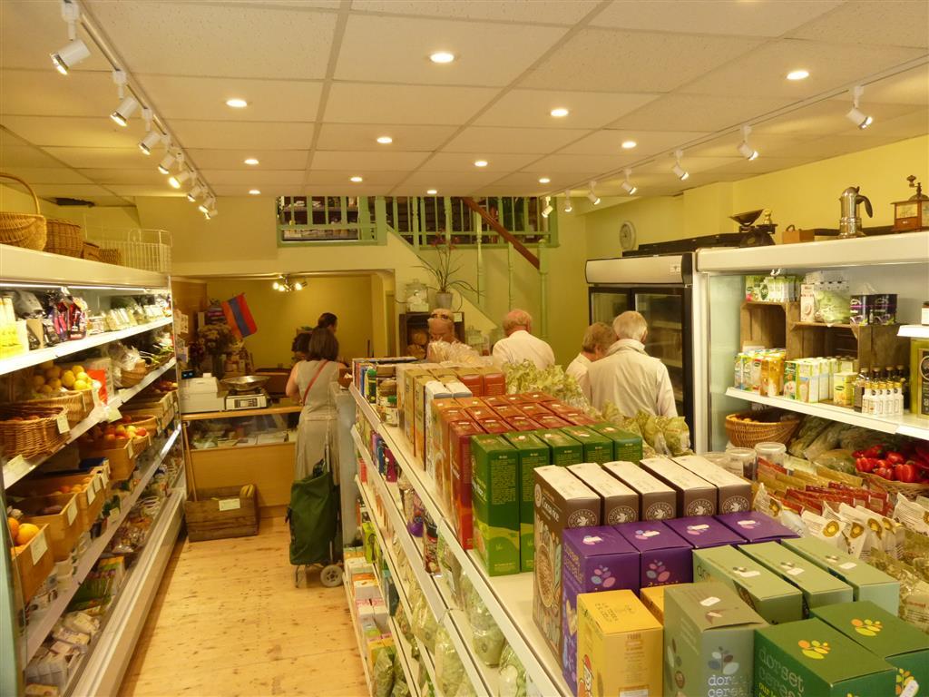 Handley Organics new shop July 2014  2 P1010455