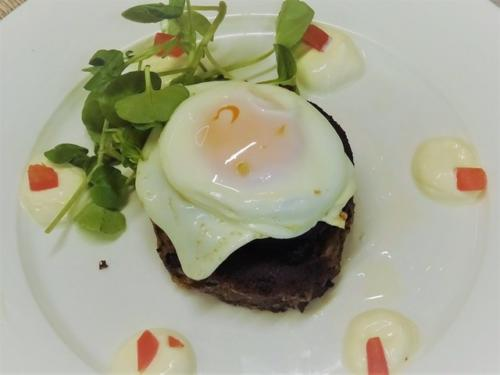 Beef Hash Cake at Market House Cafe DSC03498