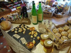 Ceci Paolo puts on local tastings